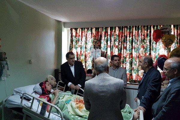 ابراز رضایت وزیر بهداشت از روند بهبودی کیمیا علیزاده