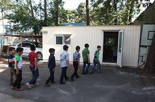 مدارس کانکسی از روستاهای چادگان برچیده شوند