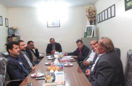 نشست عباس مرادیان با مسئولین اتاق اصناف خمینی شهر