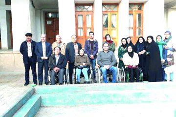 حضور اعضای باشگاه خبری معلولان در موزه مردم شناسی گز برخوار