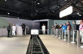 قطار سواری سه دقیقه ای برای تبلیغ دستیار هوشمند گوگل!