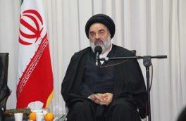 انقلاب اسلامی اصل حیات و مبانی فکری غرب را تهدید میکند