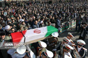 تشییع پیکر یکی از شهدای سانحه بویینگ ۷۰۷ در کرمانشاه