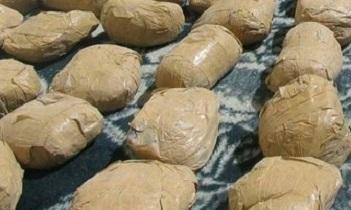 دستگیری قاچاقچی افیونی با ۹۷ کیلوگرم تریاک در شاهین شهر