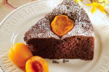 کیک شکلاتی زردآلو؛ شیک و جدید