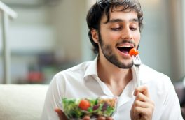 کارهایی که بعد از غذا خوردن ممنوع است
