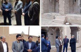 بازدید شهردار اردستان از خانه تاریخی حکیم