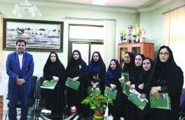 شهردار فلاروجان از بانوان شاغل در شهرداری تقدیر کرد