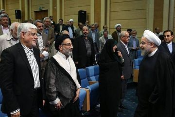 گزارش: ناامیدی اصلاحطلبان از کارآمدی دولت روحانی در سال ۹۸