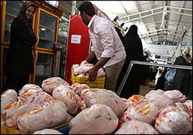 توزیع ۱۱۵تن مرغ در بازار همدان