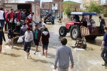 اختصاص حقوق یک روز کتابداران استان مرکزی به سیلزدگان