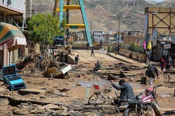 فرماندار پلدختر: پاکسازی معابر رو به اتمام است/ خسارت سیل به ۱۱ هزار واحد شهری و روستایی