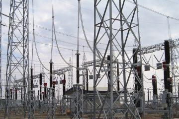 حذف کامل شاخه بری با پیاده سازی کابل های خودنگهدار در امور برق نواحی