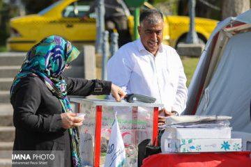 مردم اصفهان بیش از سایر استانها به سیلزدگان کمک کردند