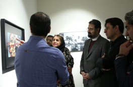 بازدید معاون امور هنری وزیر ارشاد از نمایشگاه خرمشهر ۳۰+