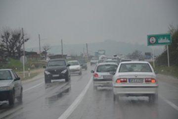 بارش باران در محورهای مواصلاتی استان خراسان رضوی