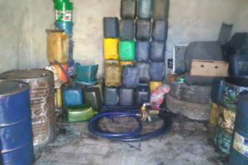 کشف بیش از ۱۸ هزار لیتر سوخت قاچاق در قشم