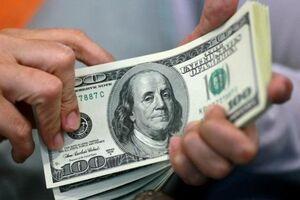 دلار در آستانه ورود به کانال ۱۱۰۰۰ تومانی