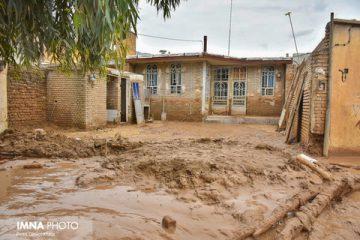 کمک مردم شاهینشهر و میمه به سیلزدگان پلدختر