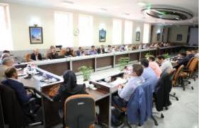 نشست تخصصی مسئولان مشترکین مناطق خودگردان آبفا استان در برخوار