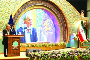 آموزههای قرآنی باید در همه فعالیتهای کمیته امداد ظهور و بروز داشته باشد