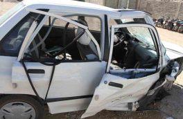 حادثه برخورد اتوبوس واحد با دو خودرو در خمینی شهر ۴ مصدوم داشت