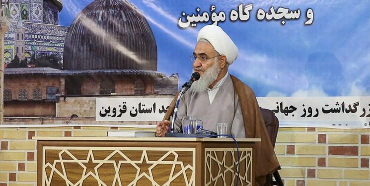 مساجد کانون عدالتخواهی و مبارزه با مفسدان قرار گیرد