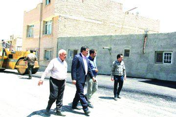 عملیات زیرسازی و روکش آسفالت معابر و گذرهای سطح شهر فلاورجان
