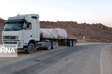 تردد شبانه خودروهای سنگین در خور و بیابانک ممنوع شد