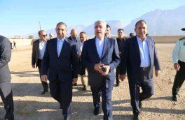 بازدید وزیر نیرو از طرح تأمین اراضی خان احمد در استان کهگیلویه و بویراحمد