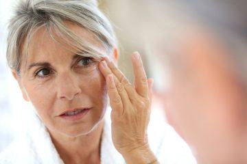 چه کار کنیم تا پوستمان زود پیر نشود؟
