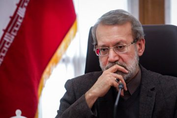 تاکید لاریجانی بر رفع نیازها و اسکان اضطراری آسیبدیدگان زلزله آذربایجان