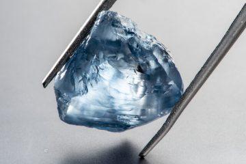 بحران الماس همچنان ادامه دارد