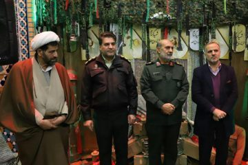 یادواره شهدا محله داودیه وسیدخندان با حضور والدین۴۶شهید در مسجد امام علی (ع)برگزارشد