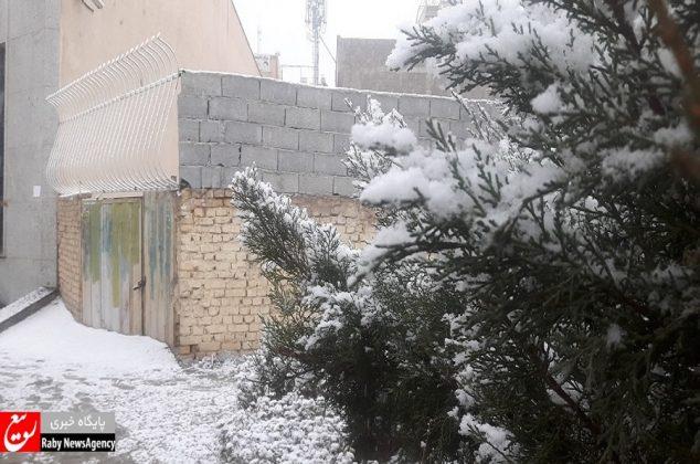 بارش برف اصفهان را سفیدپوش کرد