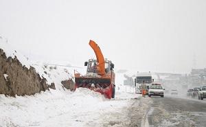 ٢٢استان کشور دارای بارش برف و باران هستند و راهداران در آماده باش کامل