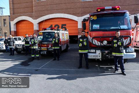 خرید ۱۰ میلیارد تومان تجهیزات فردی برای آتشنشانان اصفهان