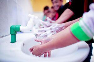 دستها را چگونه و با چه موادی بشوییم؟