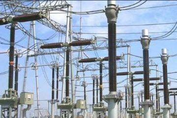 پایداری شبکه برق شهرستان چادگان طی بارش های اخیر