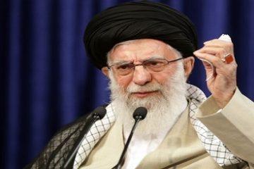 رهبر انقلاب: مبارزه با مفسدان، بدون ملاحظه ادامه یابد/ مقابله با فساد درون قوه قضائیه؛ مطالبه قضات متدین و عموم مردم