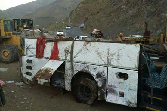 جزئیات تصادف اتوبوس با کامیون در محور دامغان