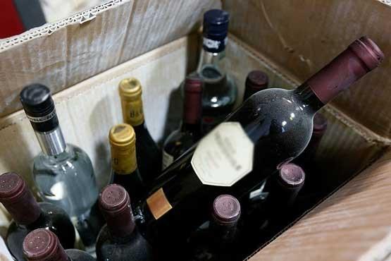 کشف محموله بزرگ مشروبات الکلی در جاسک