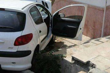 تصادف دو پژو ۵ مسافر را به بیمارستان فرستاد