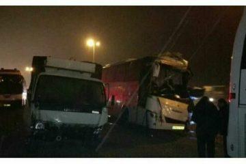تصادف زنجیرهای اتوبوسها با تریلی و پراید